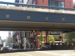 新橋駅方面から来院される方2